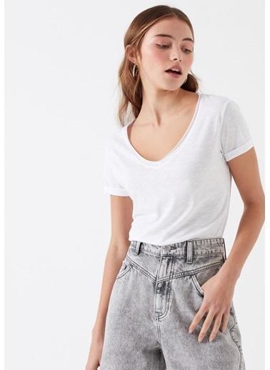Mavi Kadın  V Yaka Basic Tişört 166446-620 Beyaz